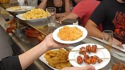 La I Feria de la Tapa de Mérida promociona la gastronomía regional y a 13 establecimientos de la ciudad